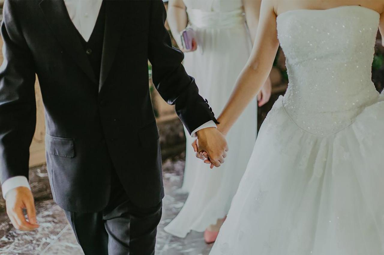 Servizio fotografico per le nozze: risarcimento per inadempimento contrattuale